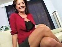 Hot Cougar Fuck Bobbie Lennox Free Mature Porn Video B5